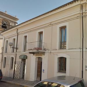 Casa comunale civitella casanova pe for Casa comunale
